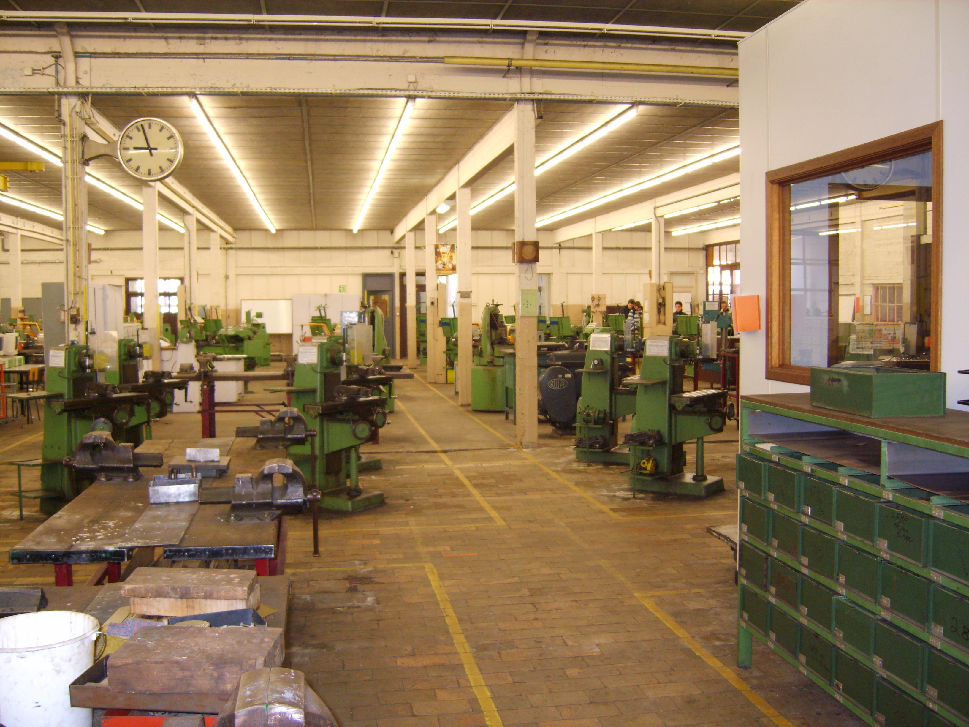 Atelier M 233 Canique